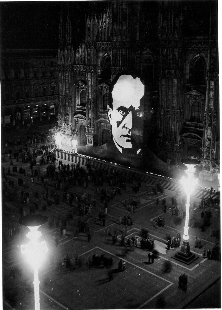 Mussolinis Konterfei starrte 1933 von der Fassade des Mailänder Doms. (Fondazione AEM)